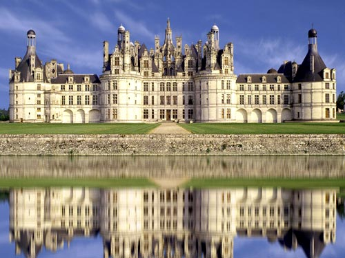 Chateau de Chambord Loire V wine grapes willamette valley value value value u20 tuscany sangiovese pinot noir oregon muscadet merlot malibu coast loire valley dundee hills chianti chenic blanc cabernet sauvignon burgundy 